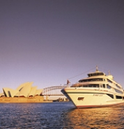 Captain Cook Cruise on the Sydney 2000