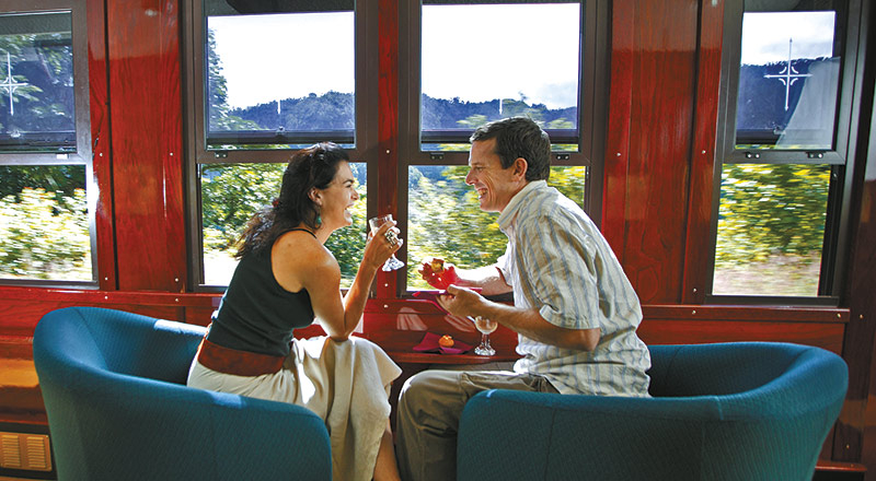 kuranda scenic rail gold class couple KQSG preview