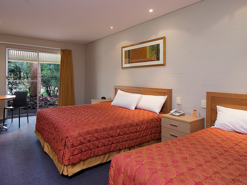 Standard Room at Outback Pioneer Hotel