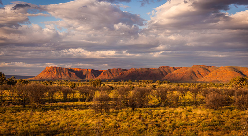 Outback Contrasts – A Journey to the Centre