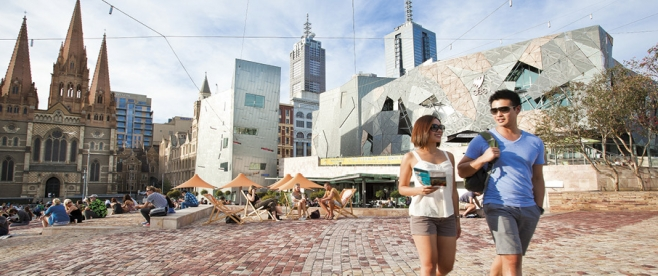Experience the sights of cosmopolitan Melbourne