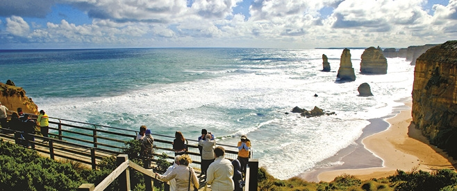 Viewing Platform overlooking the Twelve Apostles