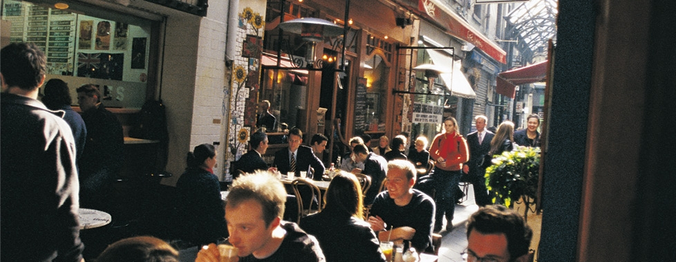 Melbourne – laneway cafés and shopping