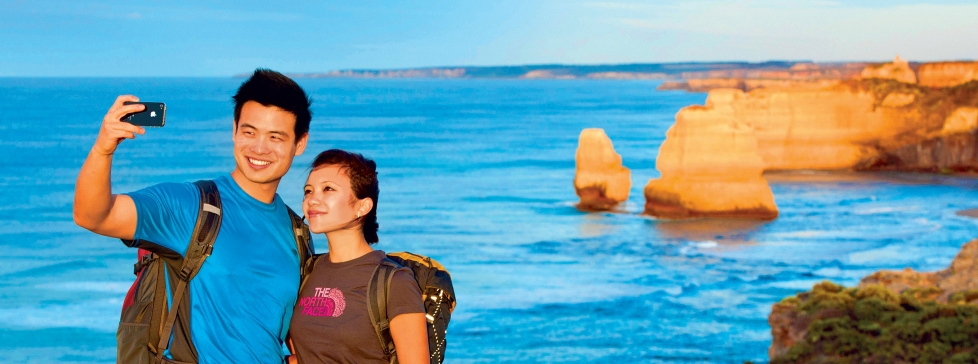 guided walking tours great ocean road