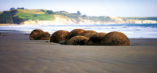 Moeraki Boulders on Koekohe Beach